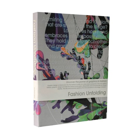 Fashion Unfolding - Uncover the power of graphics in fashion