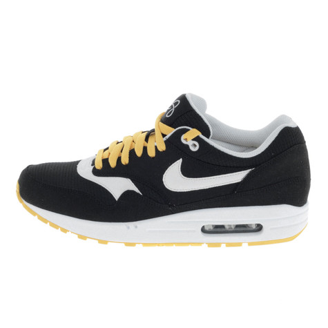 separation shoes 8945e 4d76b Nike. Air Max 1 Omega Pack (Black   White Solar Flare ...