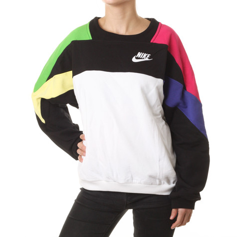 Nike - SW Graphic Women Crew Sweater