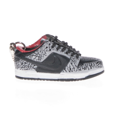 Sneaker Chain - Nike Dunk Low Supreme Black