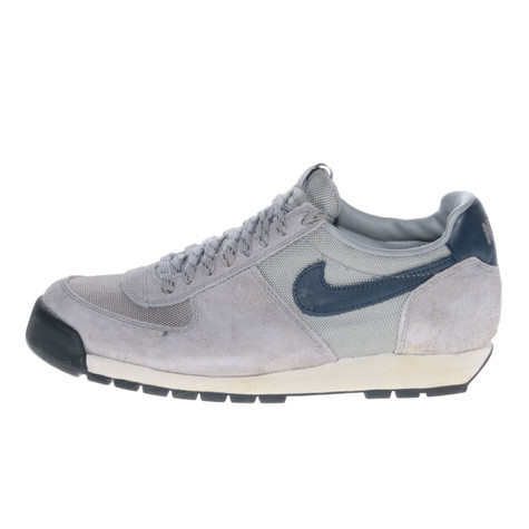 Nike - Air Lava Dome 2.4 QS
