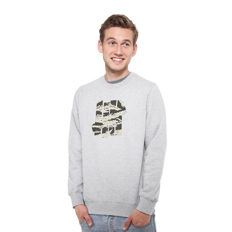 Undefeated - 5 Strike Camo Crewneck Sweater