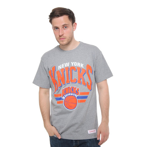 Mitchell & Ness - New York Knicks NBA Stadium Traditional T-Shirt