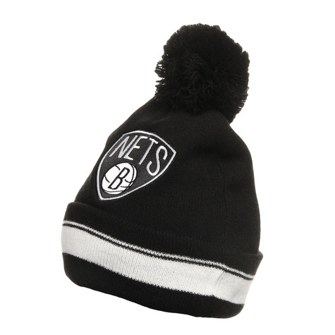 Mitchell & Ness - Brooklyn Nets NBA Jersey Striped Cuff Knit Beanie