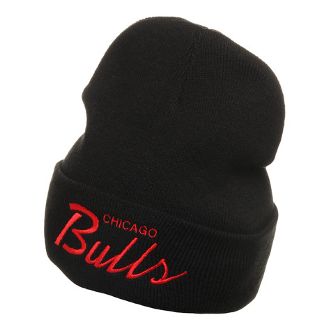 Mitchell & Ness - Chicago Bulls NBA Script Cuffed Knit Beanie