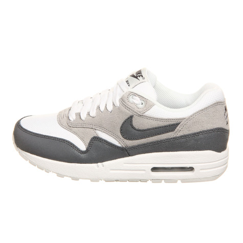 Nike - WMNS Air Max 1 Essential