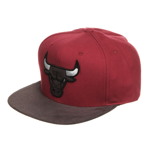 Mitchell & Ness - Chicago Bulls NBA Dark Agent Snapback Cap