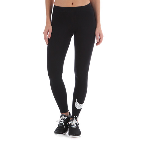 Nike - Club Large Swoosh Leggings