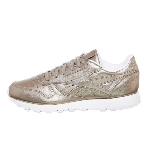 Reebok x Gigi Hadid. Classic Leather Melted Metal (Pearl Metallic Grey ... c219aeb63
