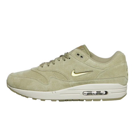 on sale 974d5 ff9be Nike. Air Max 1 Premium SC (Neutral Olive   Metallic Gold ...