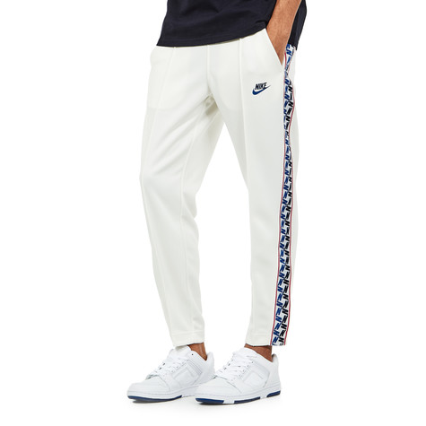 ea0e0257 Nike - NSW Taped Pants Poly (Sail / Obsidian) | HHV