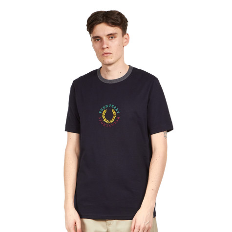 Fred Perry - Branded T-Shirt