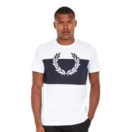 Fred Perry - Laurel Wreath Print T-Shirt