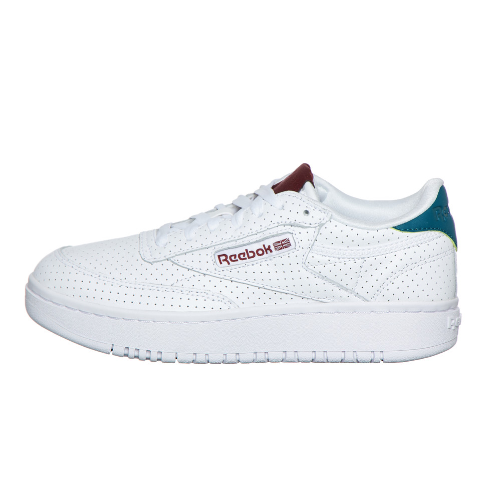Reebok Classic Club C Double Sneakers in wit